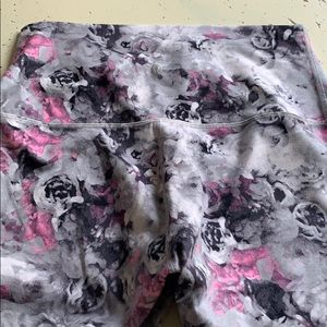 Lululemon tights floral 10
